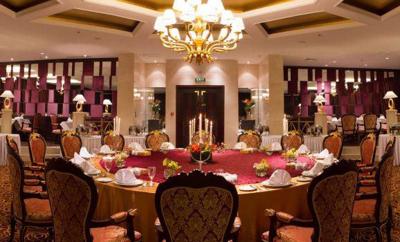 کافه رستوران رویا